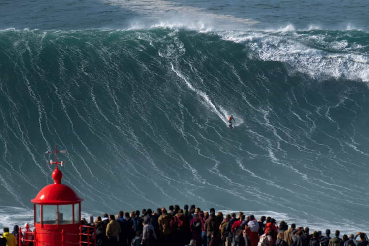 Portugal Realty Big Waves Nazare North Canyon