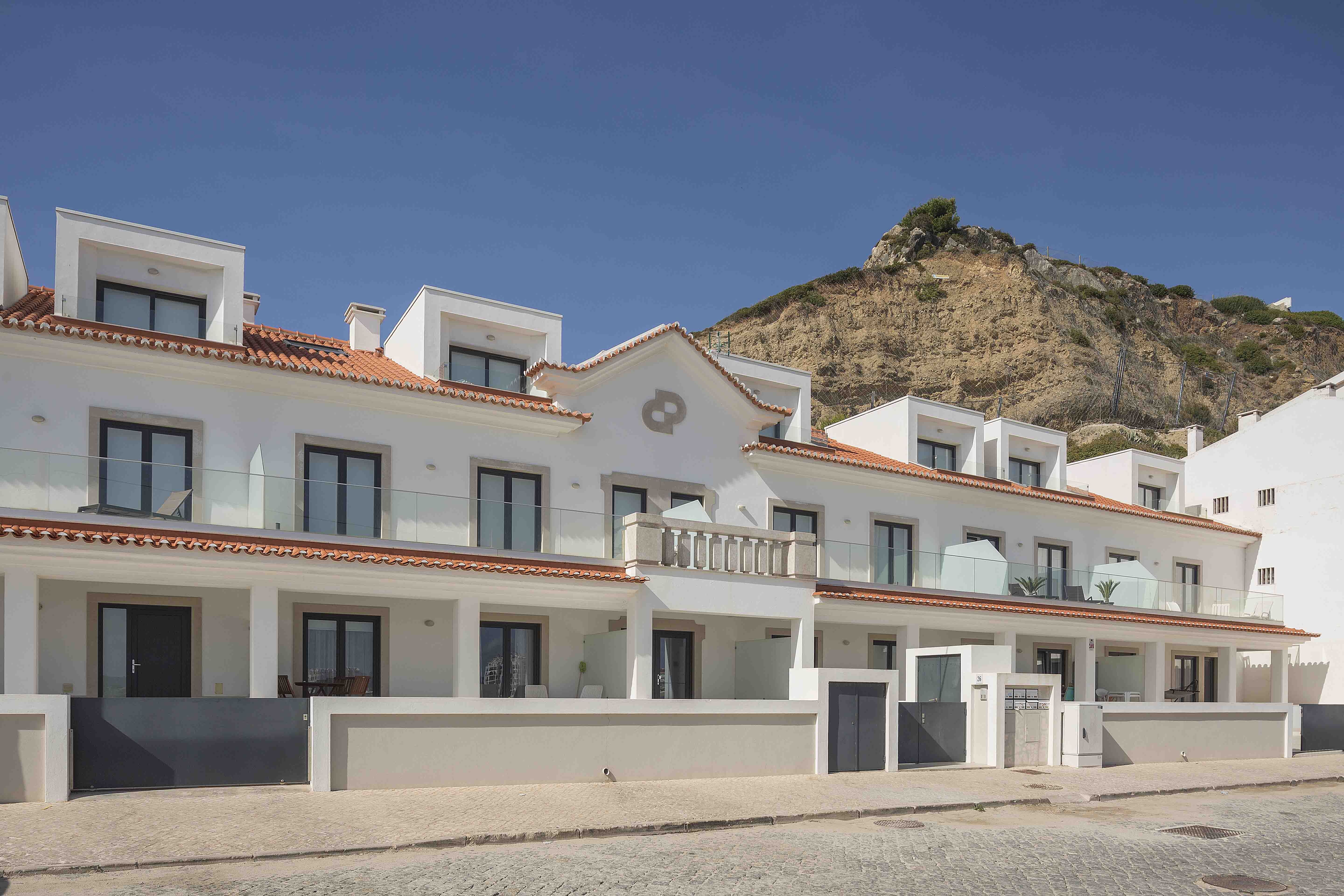 17-cais-sao-martinho-porto-silver-coast-new-buil-construction-portugal-for-sale