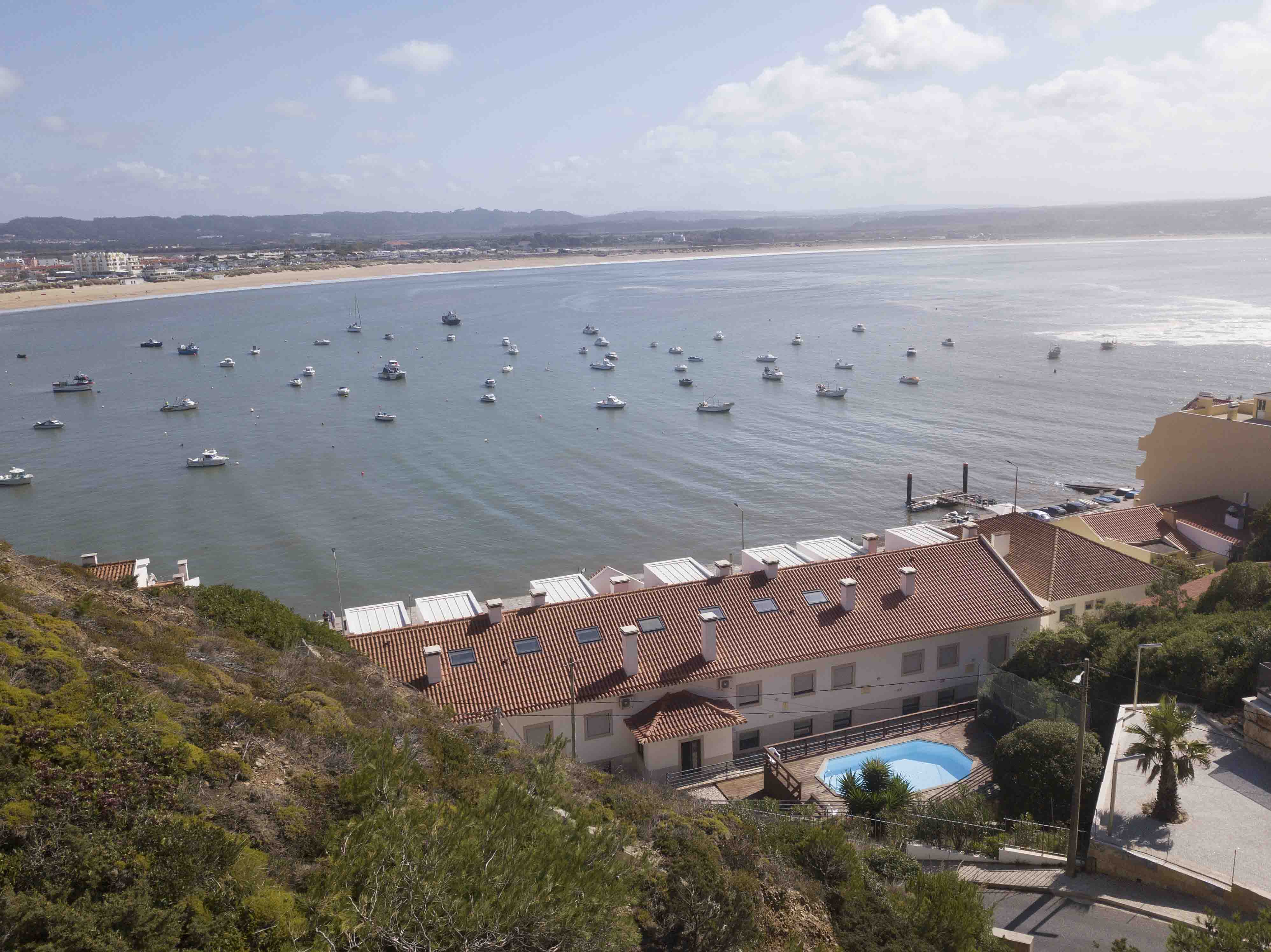 22-cais-sao-martinho-porto-silver-coast-new-buil-construction-portugal-for-sale
