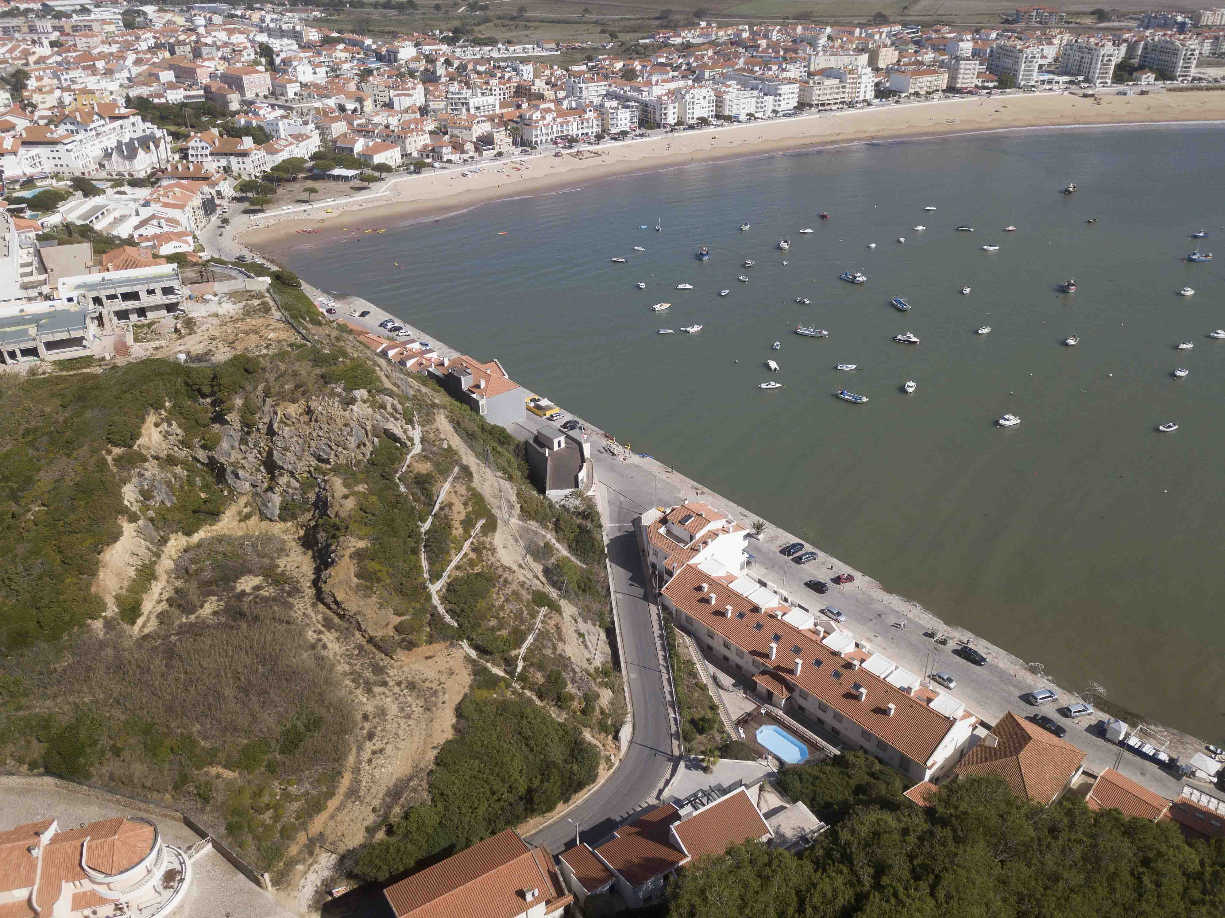 23-cais-sao-martinho-porto-silver-coast-new-buil-construction-portugal-for-sale