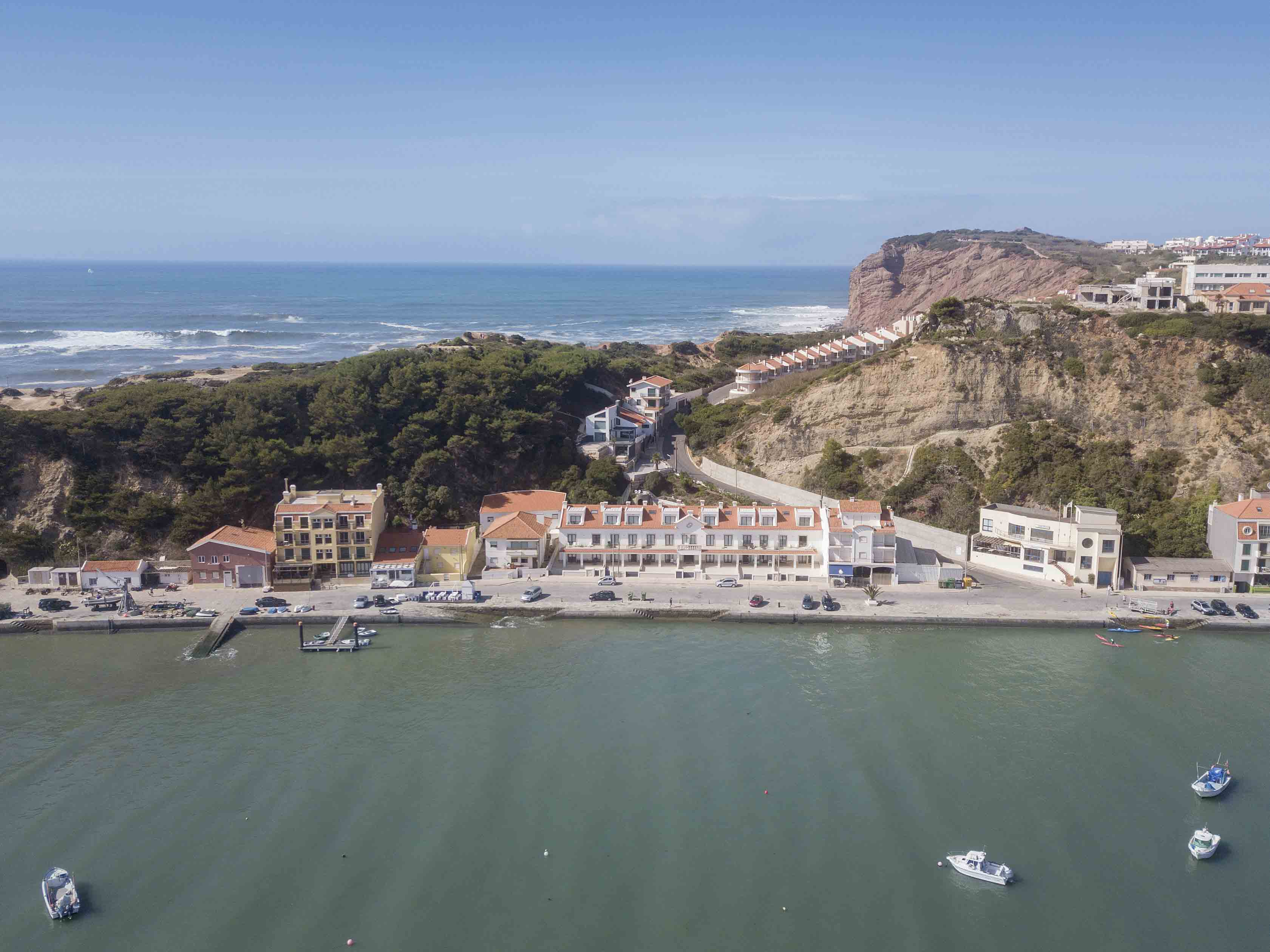 26-cais-sao-martinho-porto-silver-coast-new-buil-construction-portugal-for-sale